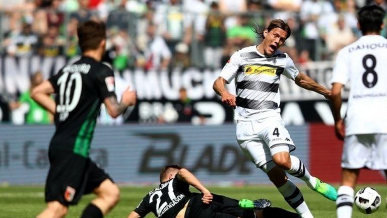 Аугсбург загуби две точки в 94-ата след гол на бивш свой (видео)