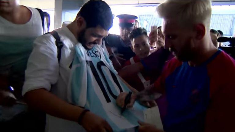 Меси подписа фланелка на Аржентина