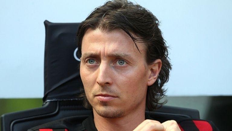 Седем месеца по-късно капитанът на Милан се завръща