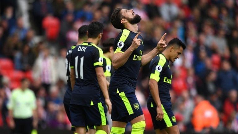 Арсенал се доближи на точка от четвъртото място (видео)