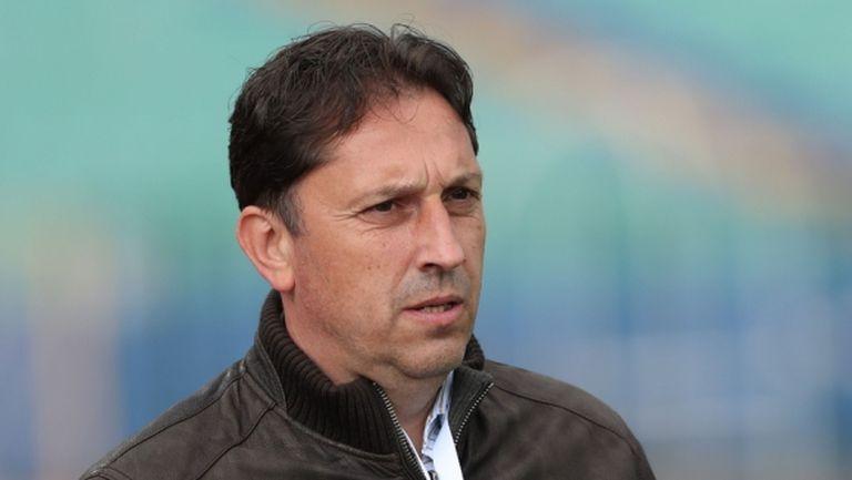 Атанас Атанасов: Напълни се с много посредствени чужденци