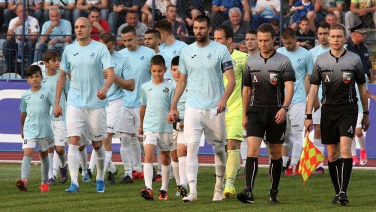 Дунав привлича още двама от Втора лига