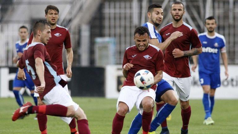 Босът на Септември с условие към новия треньор - новакът се подсили с футболист на Локо Сф