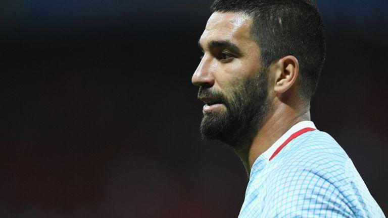 Арда Туран се отказа от националния тим след сбиване в самолет