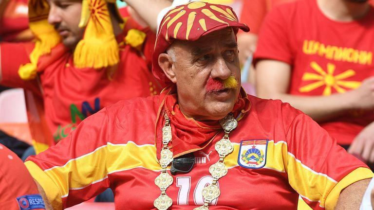 Феновете на Северна Македония подлудиха Букурещ😳