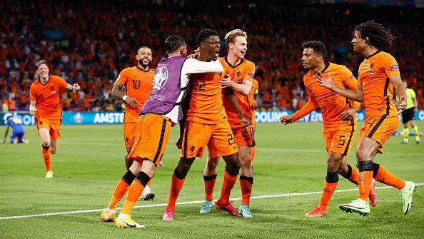 Нидерландия измъкна трите точки от Украйна след зрелищно 3:2