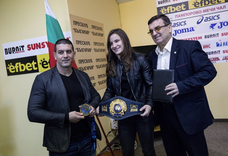Световната шампионка по борба Биляна Дудова след големия триумф в Осло