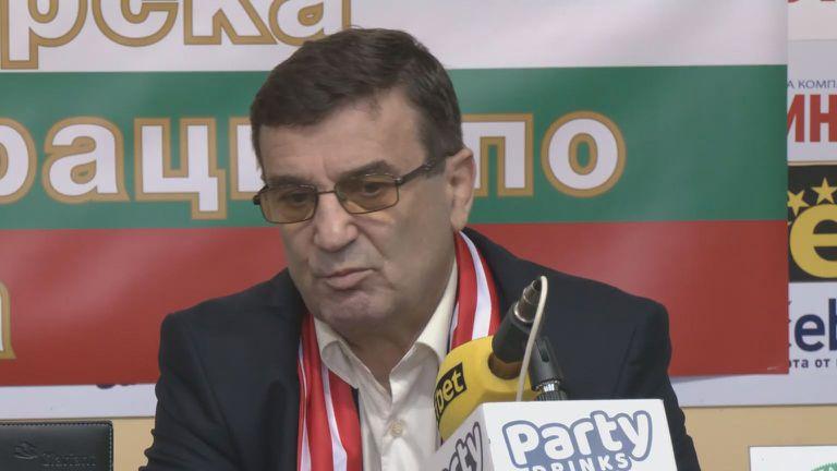 Треньорът на Дудова: В базата на ЦСКА се снимат филми на ужасите