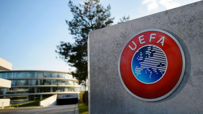 УЕФА се огъна под натиска на водещите клубове и ще им даде по-голям контрол върху ШЛ