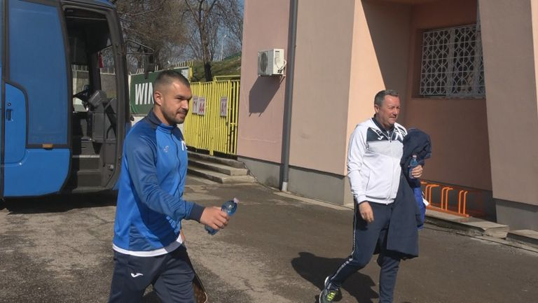 Сърдечно посрещане на Божинов на стадиона във Враца