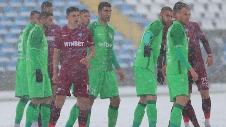 Хебър изрови победата изпод снега в Южна София и гледа към баража за efbet Лига (видео)