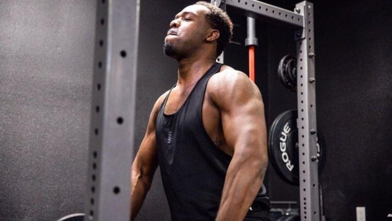 Джон Джоунс: Аз съм борец с тегло 118 кг - Адесаня няма шанс
