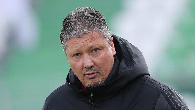 Любо Пенев: Кабаков подстрекаваше играчите на Лудогорец да контузват нашите, ще пиша на УЕФА