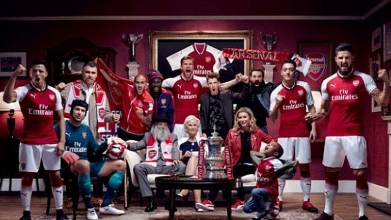 Санчес и Йозил представиха новия екип на Арсенал и вдъхнаха надежда на феновете