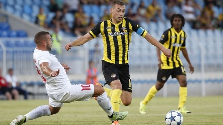 В Ботев (Пловдив) решават в сряда дали Лъчезар Балтанов ще може да играе срещу Бейтар