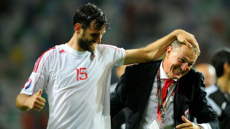 Де Биази обяви състава на Албания