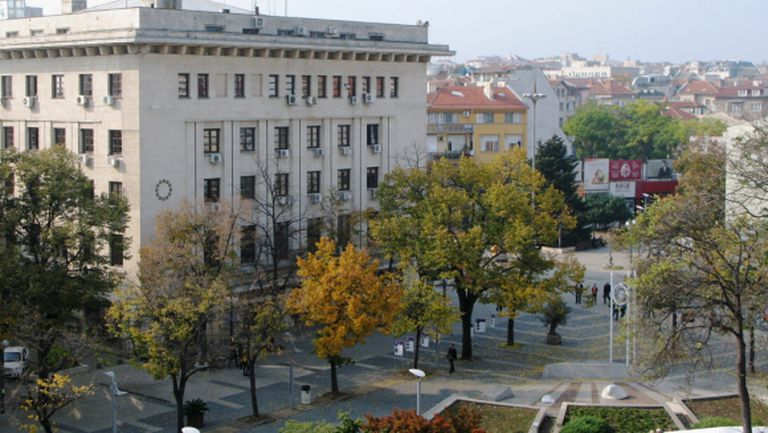 Община Бургас става мажоритарен собственик на Нефтохимик