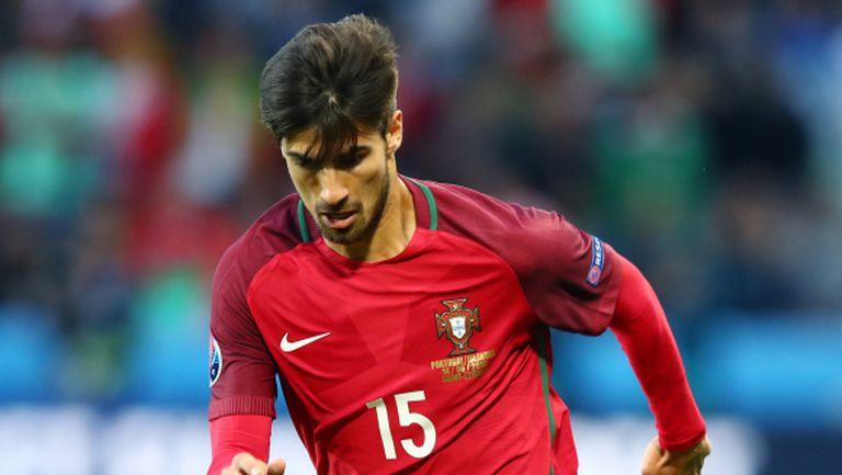 Валенсия отказа 40 млн. евро за Андре Гомеш