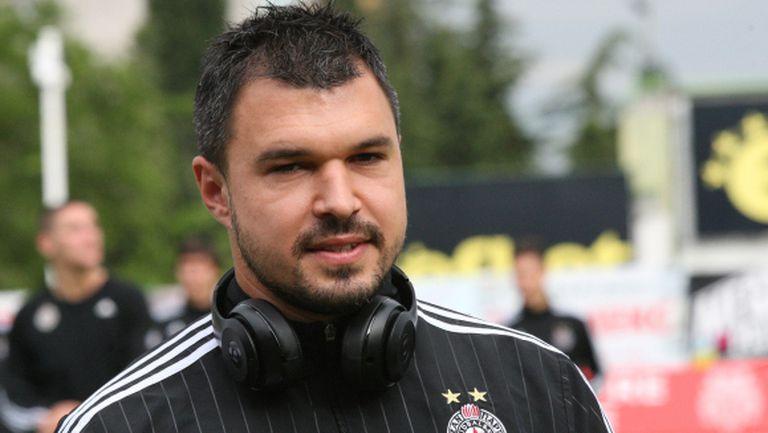 В Партизан благодарни на Божинов, той сам избра новия си договор