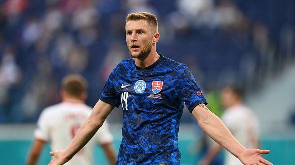 69'  Полша - Словакия 1:2