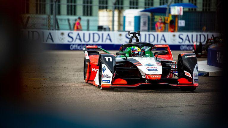 Ди Граси завърза интригата във Формула Е с победа в Берлин