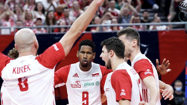 Полша срази Русия в голямата битка на 1/4-финалите на Евро 2021 🏐