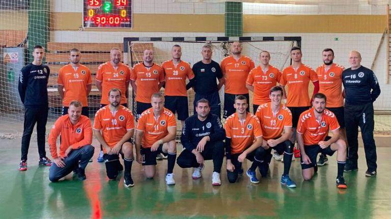 Хандбалният Осъм замина за Чехия за срещи от втория кръг на турнира за Купата на ЕХФ
