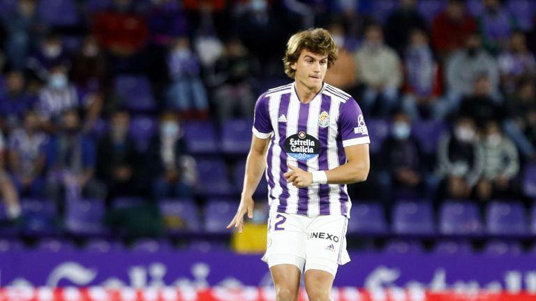 Българин дебютира за тима си в Сегунда дивизион
