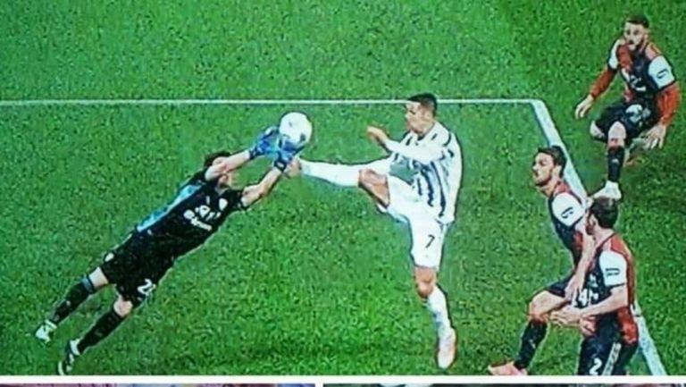 """Трябваше ли да бъде изгонен Роналдо за този """"крак-брадва""""? (видео)"""