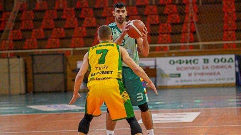 След драма на Изток: Куп бивши играчи на Черно море не успяха да спрат Шумен в Добрич (снимки)