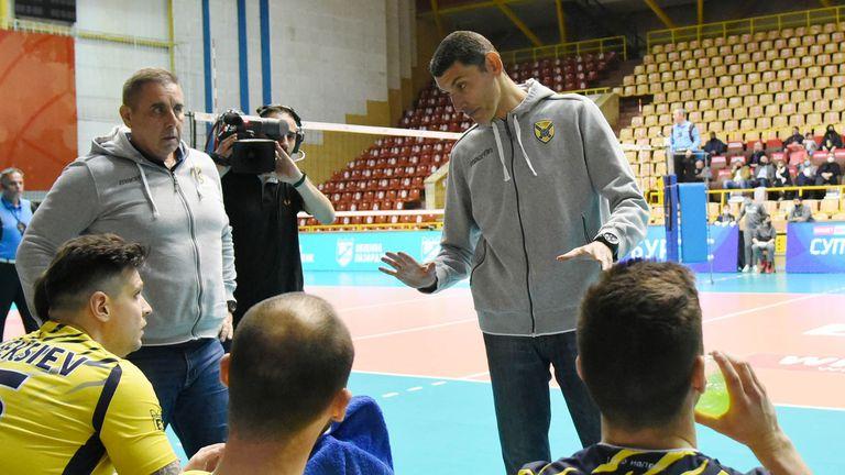 Александър Попов: Голяма заслуга за първата титла на Хебър има Атанас Петров 🏐