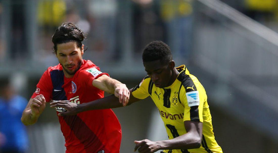 Дортмунд стартира със 7 гола в два дни