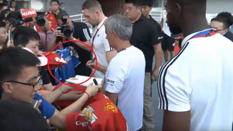 Тази постъпка на Моуриньо вероятно ще разгневи феновете на Челси (видео)