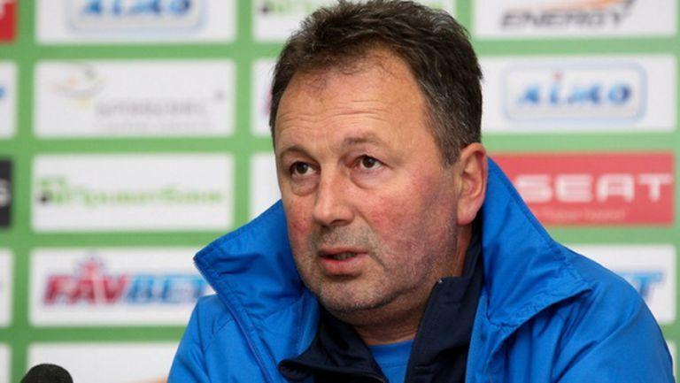 Ангел Червенков: Ние единствени разчитаме само на български футболисти