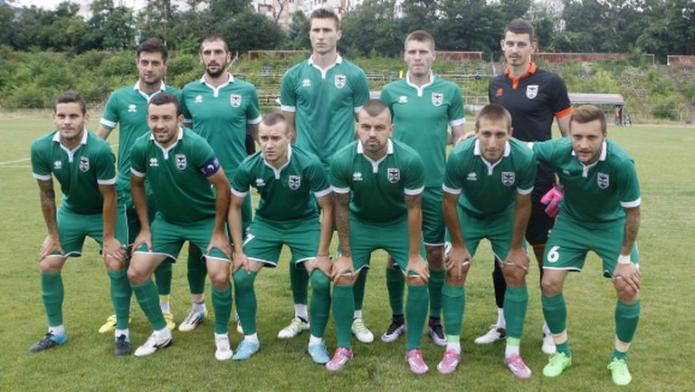 Влади Златинов: Нов отбор сме, с времето ще наваксаме