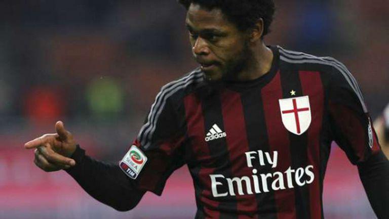 Порто отървава Милан от Луис Адриано