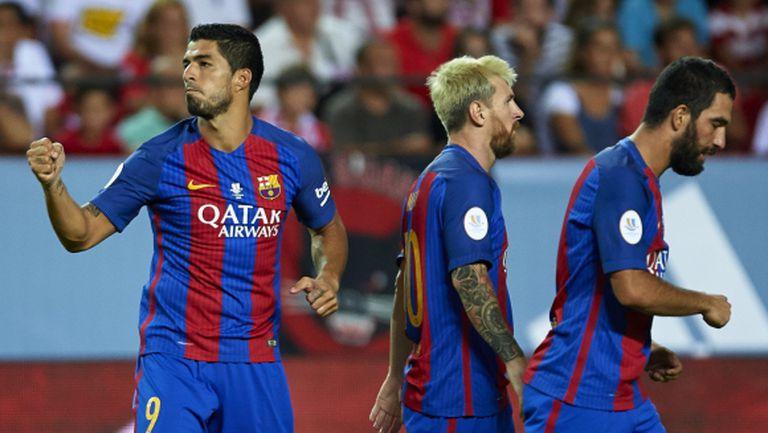 Барса докосва Суперкупата след 2:0 в Севиля (видео + галерия)