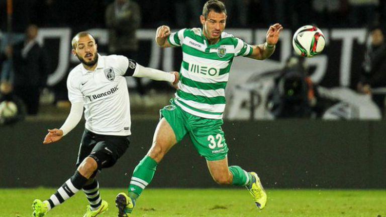 Спортинг Лисабон отново преотстъпи Славчев
