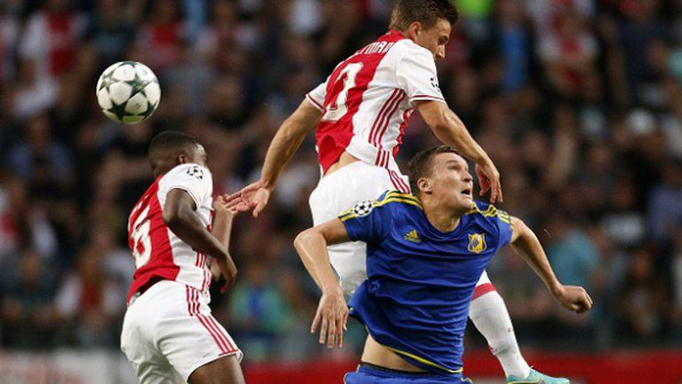 Ростов си тръгна доволен след голово реми в Амстердам (видео)
