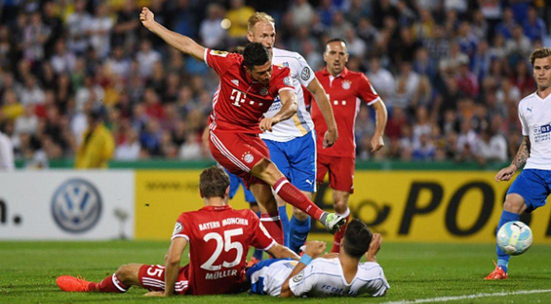 Левандовски блести за Байерн в първия кръг за Купата на Германия (видео)