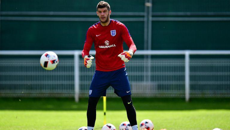 Форстър е готов за титулярен вратар на Англия, смята Пюел