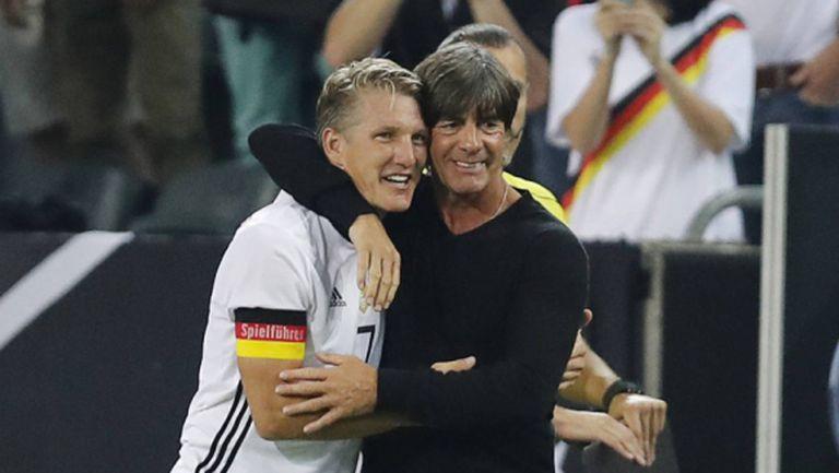 Германия се поклони пред Швайни и победи Финландия (видео)