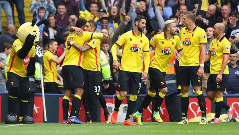 Трета поредна загуба и първа криза за Юнайтед на Моуриньо (видео)