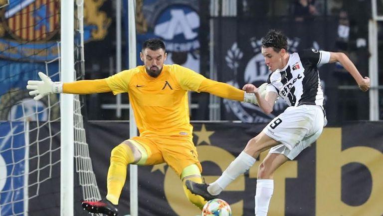 Чудесна атака на Локо (Пд) бе завършена от Карагерен за 2:0