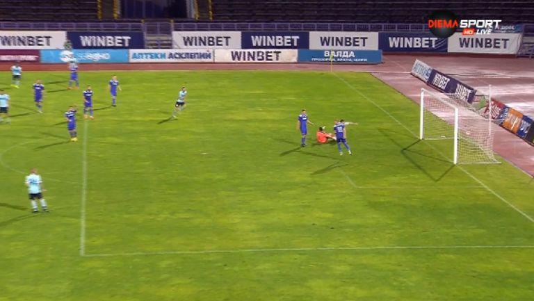 Свилен Щерев върна още един гол за Дунав, само 1 гол преднина за Етър