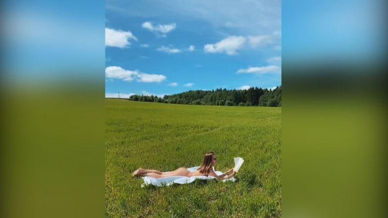 Вики Одинцова разпалва страстите сред природата