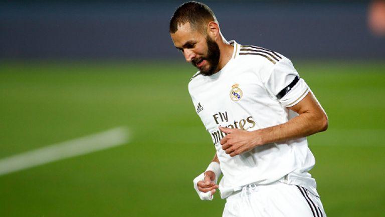 Бензема задмина Пушкаш по голове в Реал