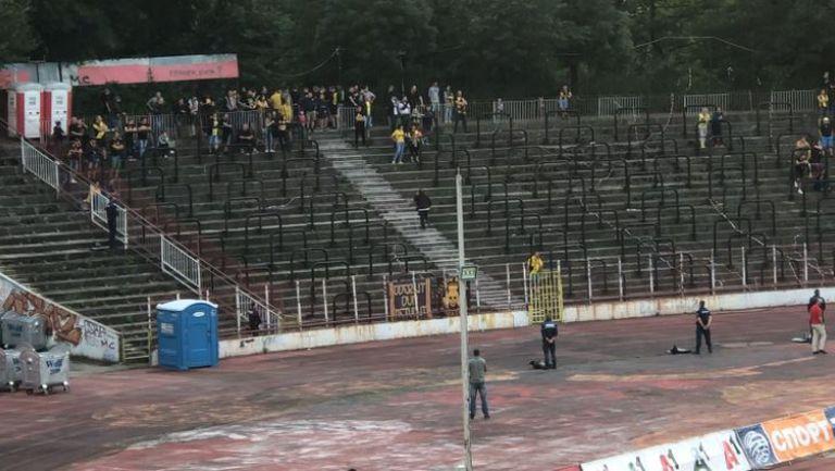 """Малко от феновете на Ботев са отишли да подкрепят отбора на """"Армията"""""""