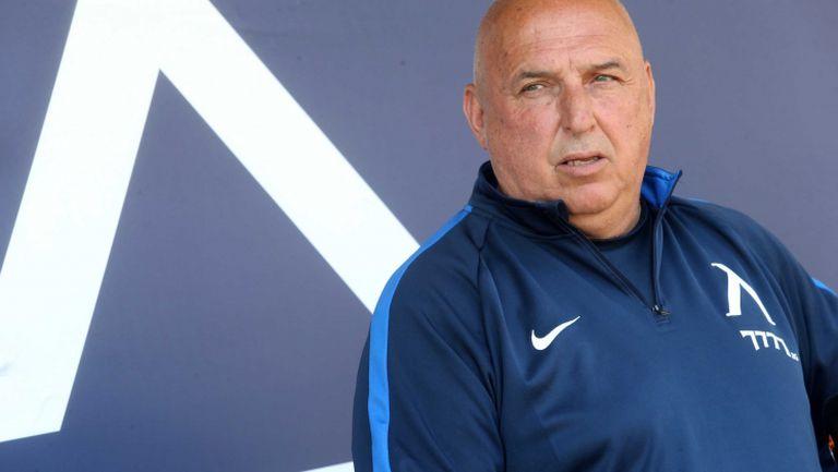 Треньорът на Левски: Станислав Костов ми се извини и го върнах в отбора