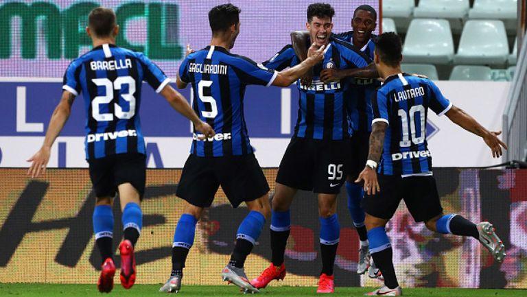 Интер победи Парма в последните минути